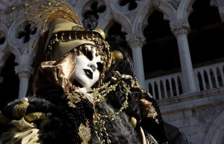 Venice Carnival 2009 photo gallery: Sensation, Six Senses for Six Districts – Telegraph