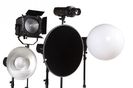 Light shaping tools for photographers