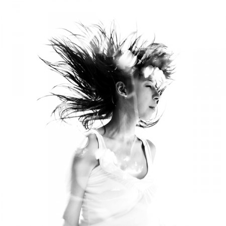 Disintegrating – black and white portraits by Nydia Lilian
