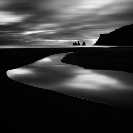 Waters of Iceland – dramatic black and white landscape photos by Michel Rajkovic