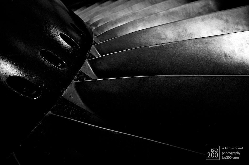 Detail of the fan blades on a General Electric CF6 high-bypass turbofan jet engine at the Museum of Flight, East Fortune, East Lothian.