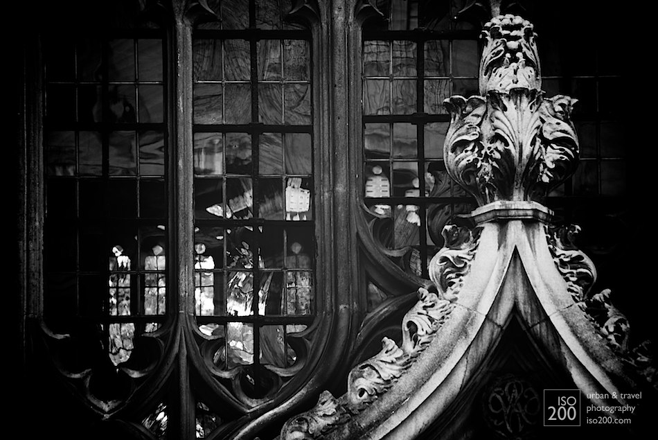 Photo blog post: 'Bodleian library window'