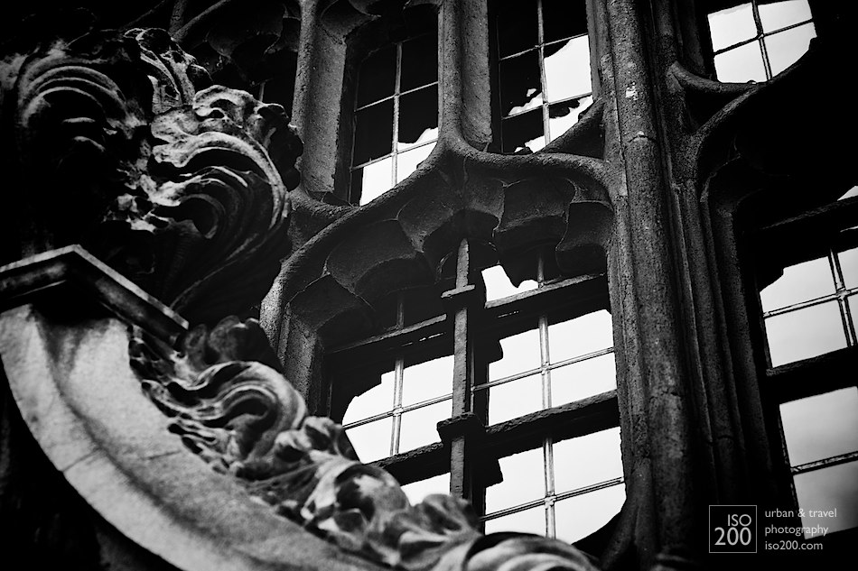 Window of the Divinity School at the Bodleian Library, Oxford, England.