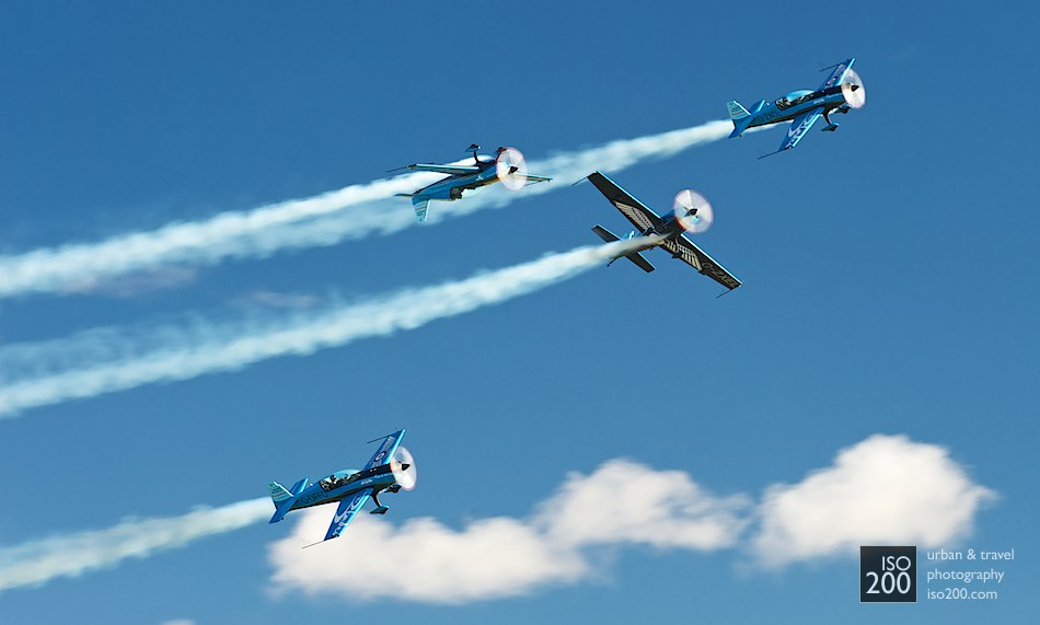 Photo blog post: 'Whee! The Blades Aerobatic Team'