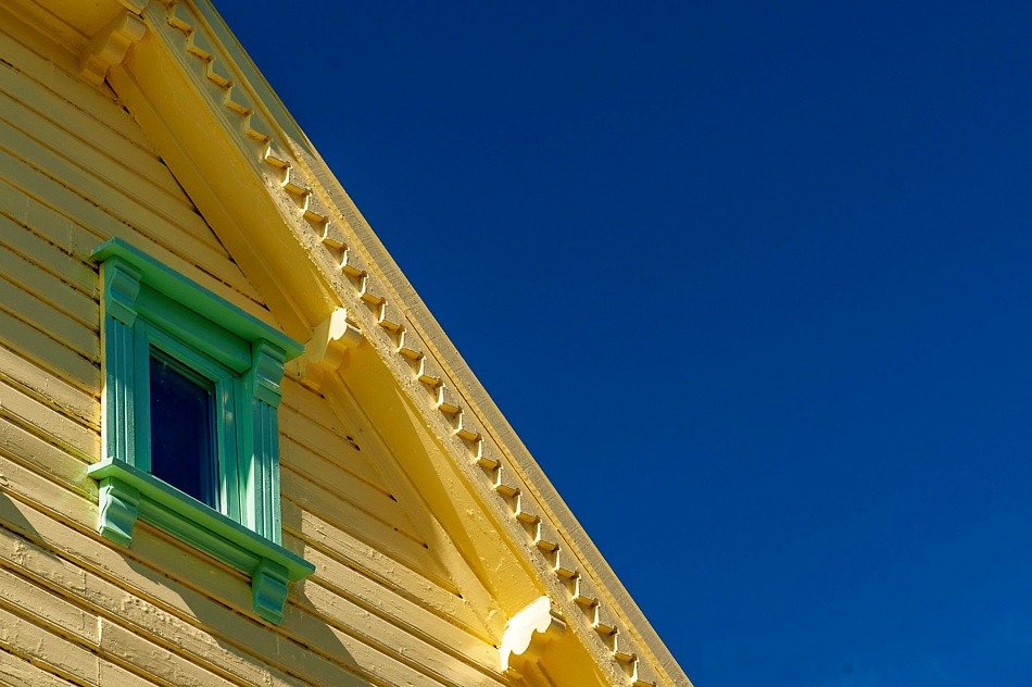 I'd never expected Norway to be so colourful. Central Stavanger is full of lovely old wooden buildings.