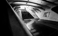 Photo blog photo: 'Post-modernist train station'